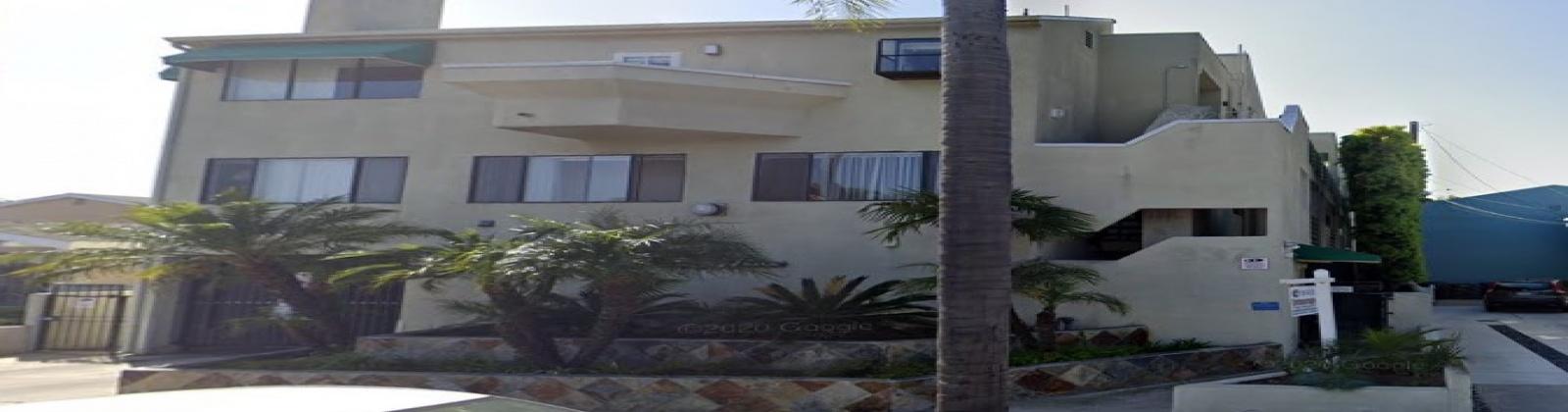 342 Redondo Ave, Long Beach, California 90814, 2 Bedrooms Bedrooms, ,1 BathroomBathrooms,Apartment,For Rent,Redondo Ave,1011